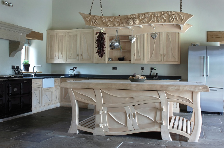wooden kitchen chairs uk